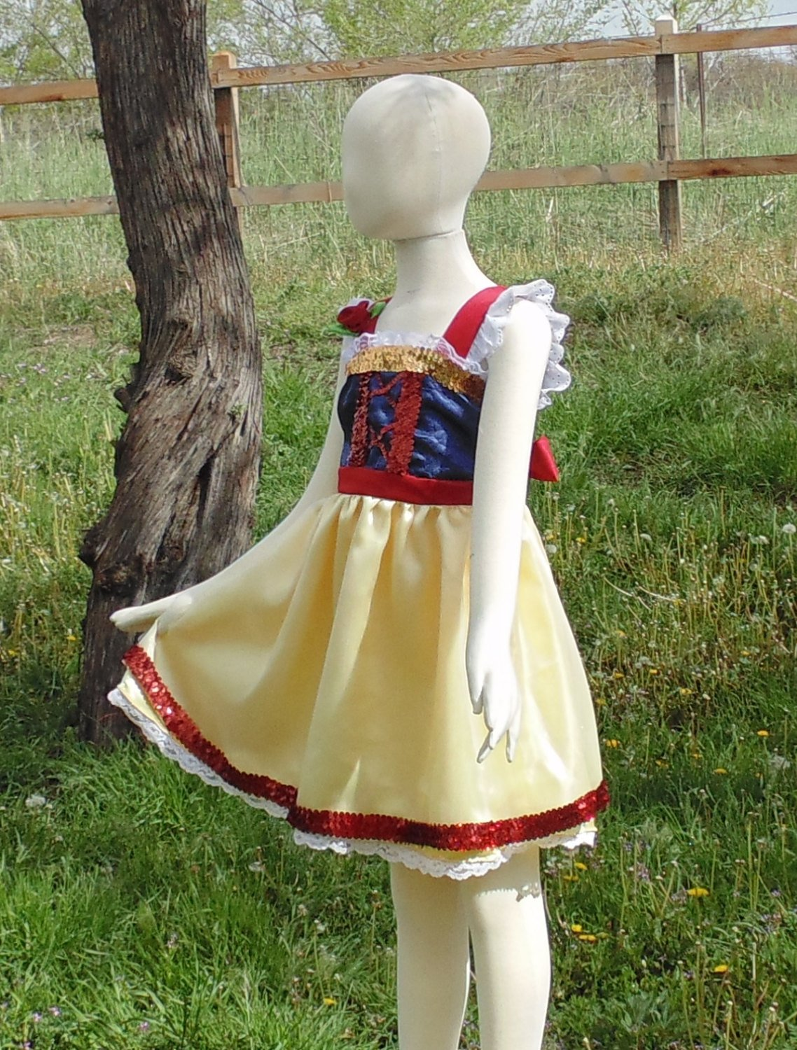 Girls 5-6 Snow White Princess apron