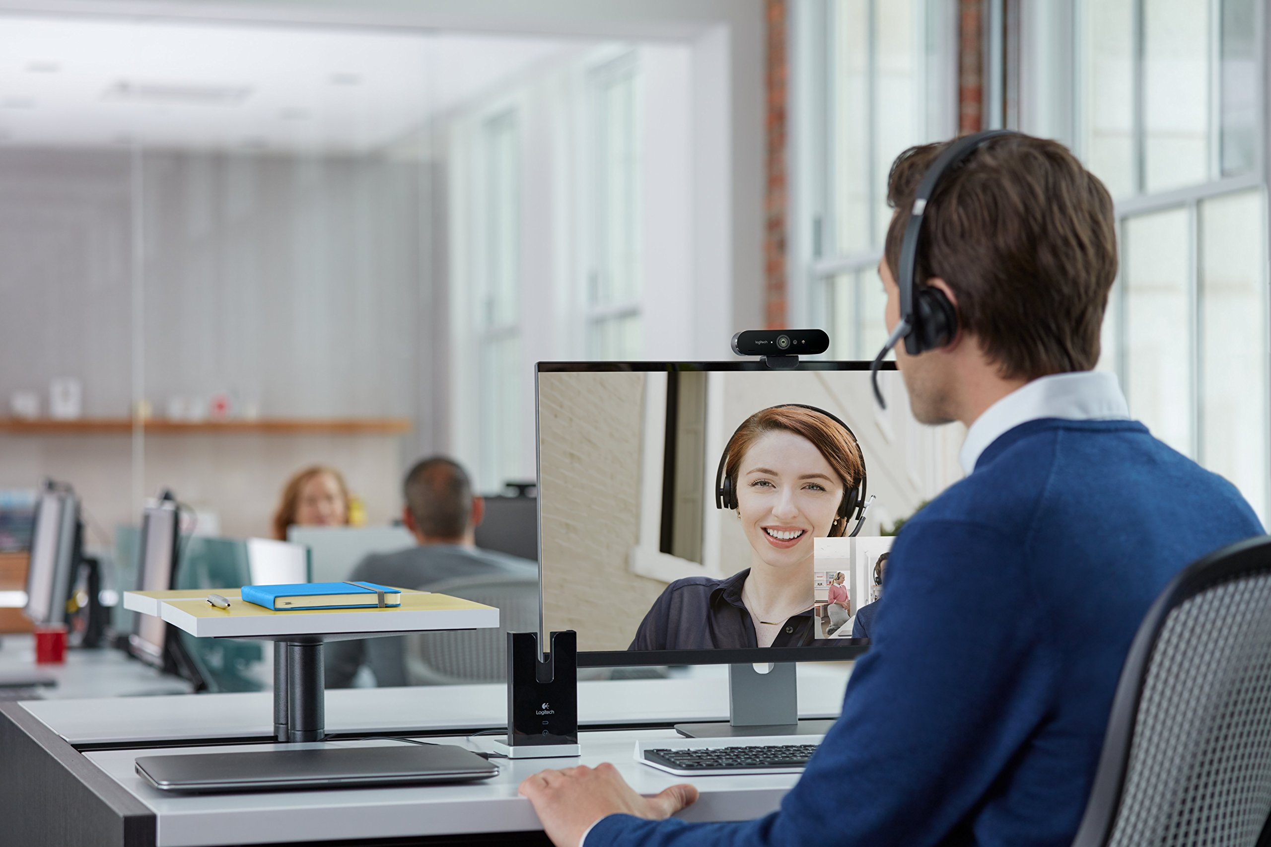 Logitech BRIO - Ultra HD Webcam for Video Conferencing, Recording, and Streaming by Logitech (Image #6)