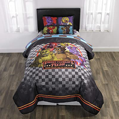 Five Night's at Freddy's 5 Piece Full size Bedding Set - Includes 4pc Full Sheet Set and 1 T/Full Comforter: Kitchen & Dining