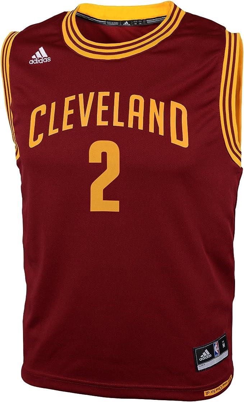 Amazon.com: adidas suéter deportivo de Kyrie Irving ...