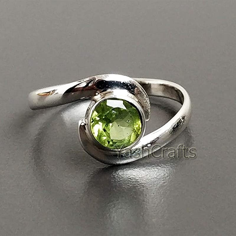 Nice Gemstone Round cabochon Peridot Rings jents Jewelry Items Gift for mom raw Stone Ring 925 Silver Green Peridot Nice Gemstone Ring