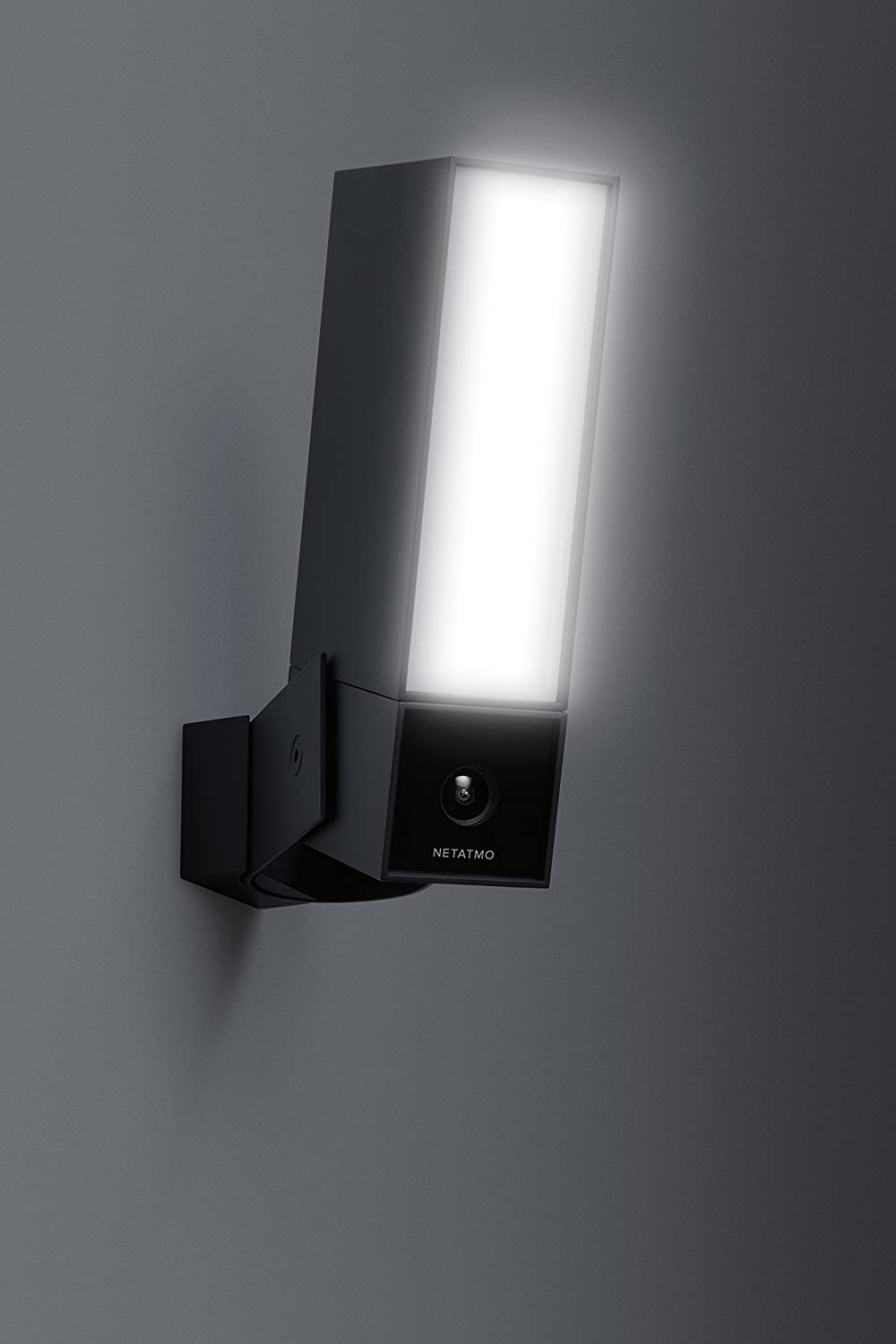 Smart Outdoor Security With Integrated Floodlight And Alerts Netatmo Presence Co Uk Diy Tools