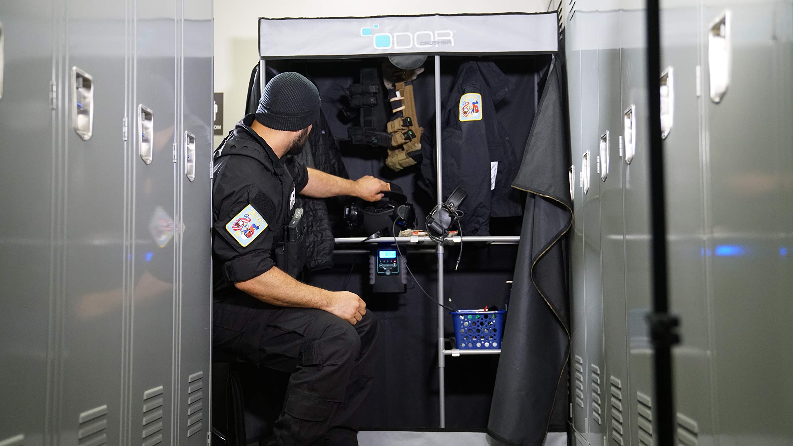Odor Crusher Tactical Deluxe Flex Closet with Ozone Generator - Destroys Bacteria and Odors Within 30 mins, Storage for Clothes, Equipment & Gear in Barracks, Locker Rooms, Garages & Basements