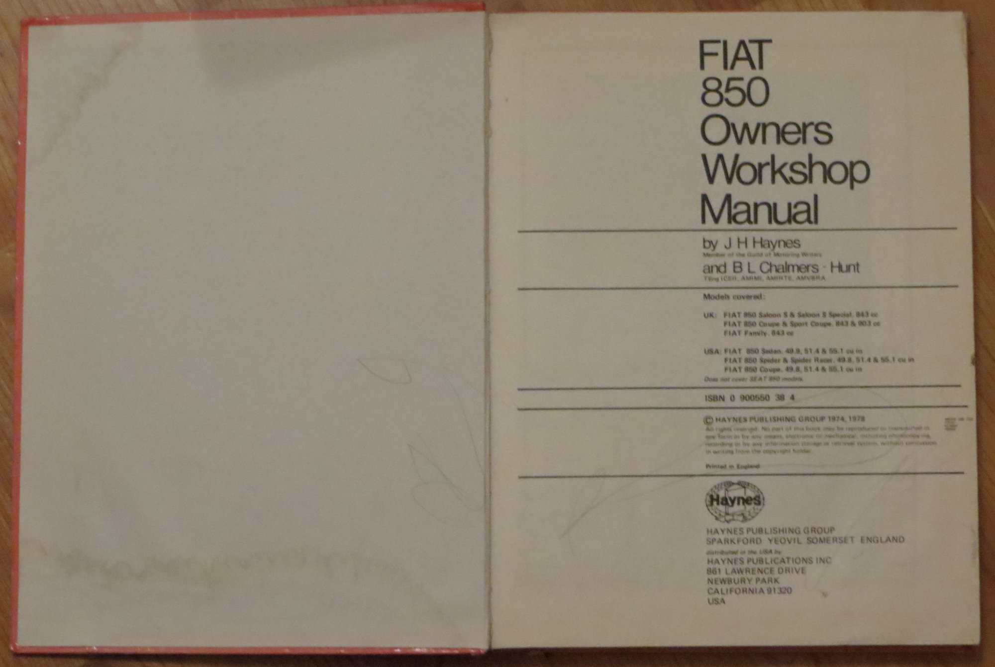 buy fiat 850 owner s workshop manual service repair manuals book rh amazon in Fiat 850 Sport Spider Fiat 850 Spider