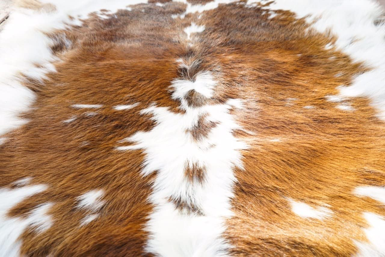 Cream Caramel Hairy RODEO Cowhide Calf Skin Approx 2×3-3×3 ft Small Area Decoration Coverage
