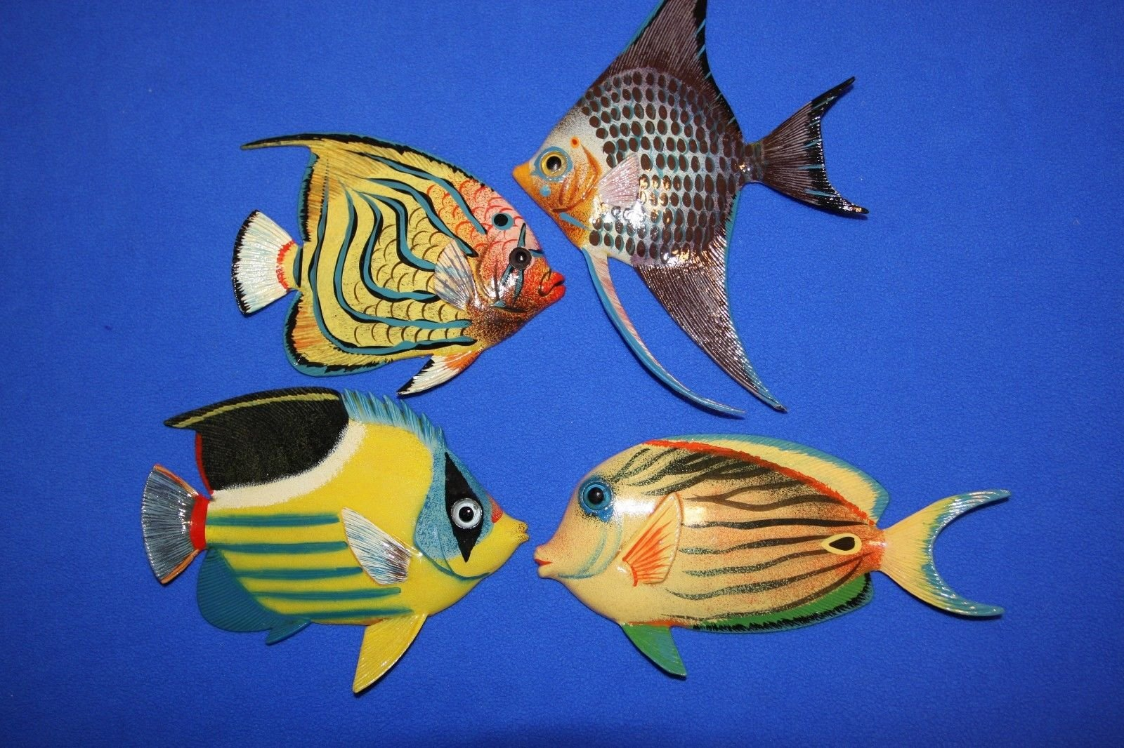Salty Pelican Coral Reef Nursery Decor, Colorful Fish 3-D Poly-resin 6 inch, Bundle 4 Fish