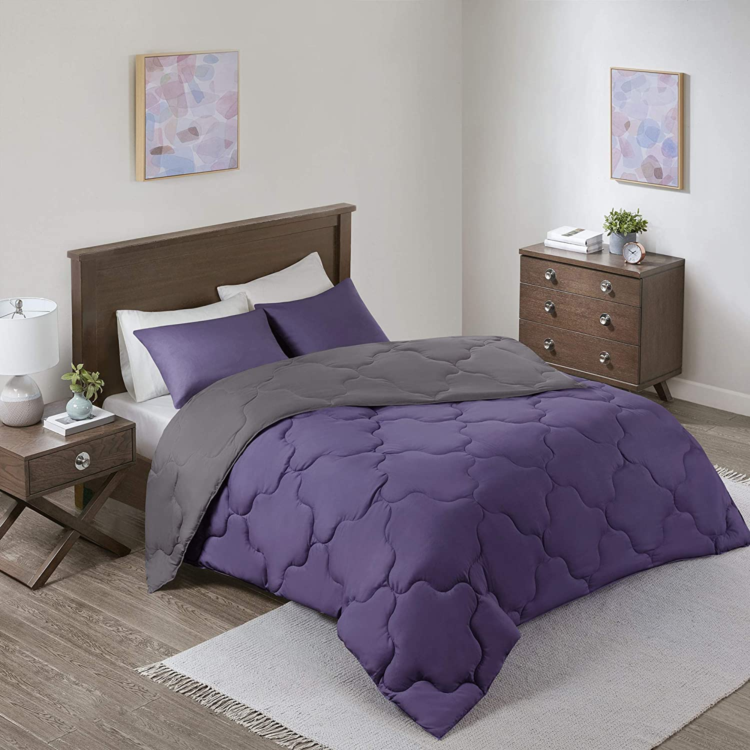 "Comfort Spaces Vixie Comforter Set-Modern Geometric Quaterfoil Cloud Quilted Design All Season Down Alternative Bedding, Matching Shams, Full/Queen(90""x90""), Microfiler Reversible Purple/Charcoal"