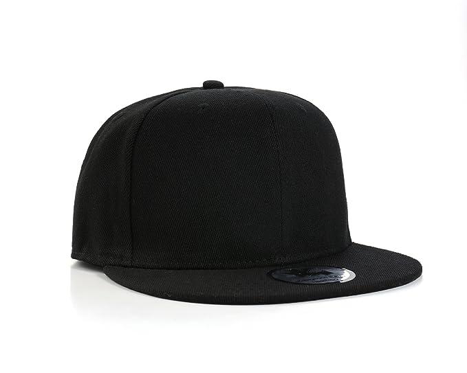 Gorra de béisbol nueva en negro con visera plana y cierre en la parte  trasera  Amazon.es  Ropa y accesorios c8f42f57ebc