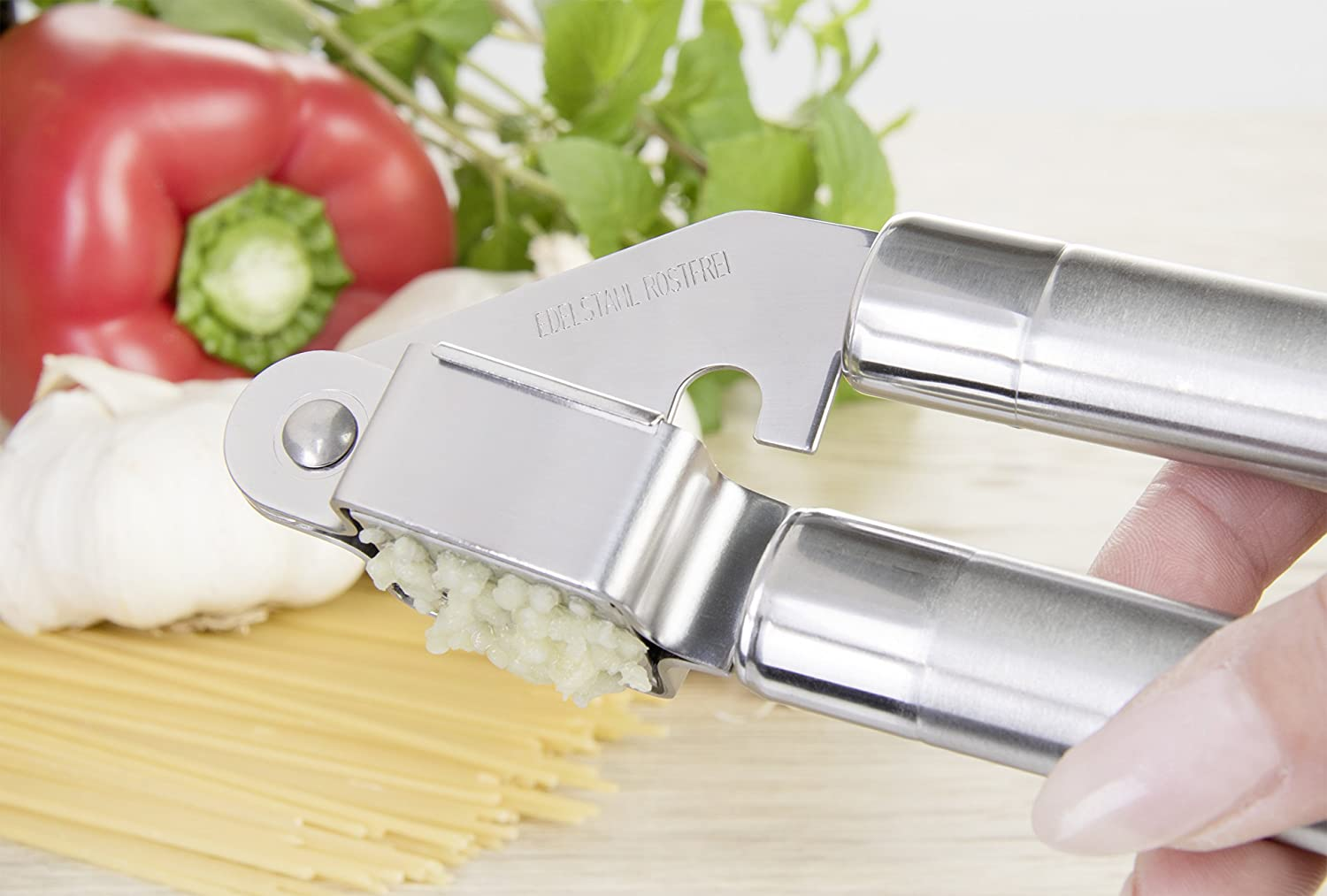 511100 silver length: 18 cm Wenco garlic press with removable grille insert stainless steel