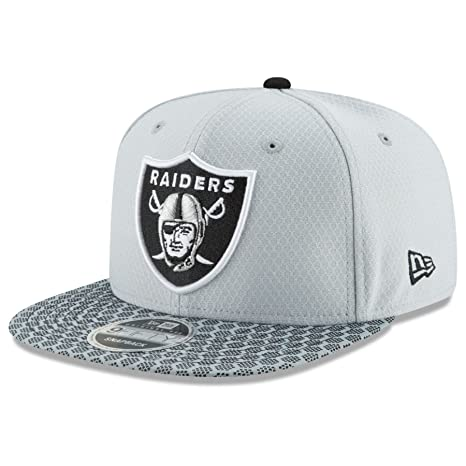 new products e5c54 1aedc Image Unavailable. Image not available for. Color  Oakland Raiders New Era  9FIFTY NFL 2017 Sideline Snapback Cap (One-Size ...
