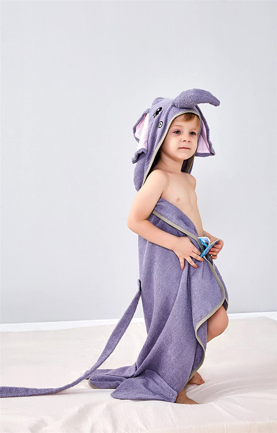 AtoBaby Elephant Childrens Bath Towel Air Conditioning Towel Comfortable Absorbent Green Fashion