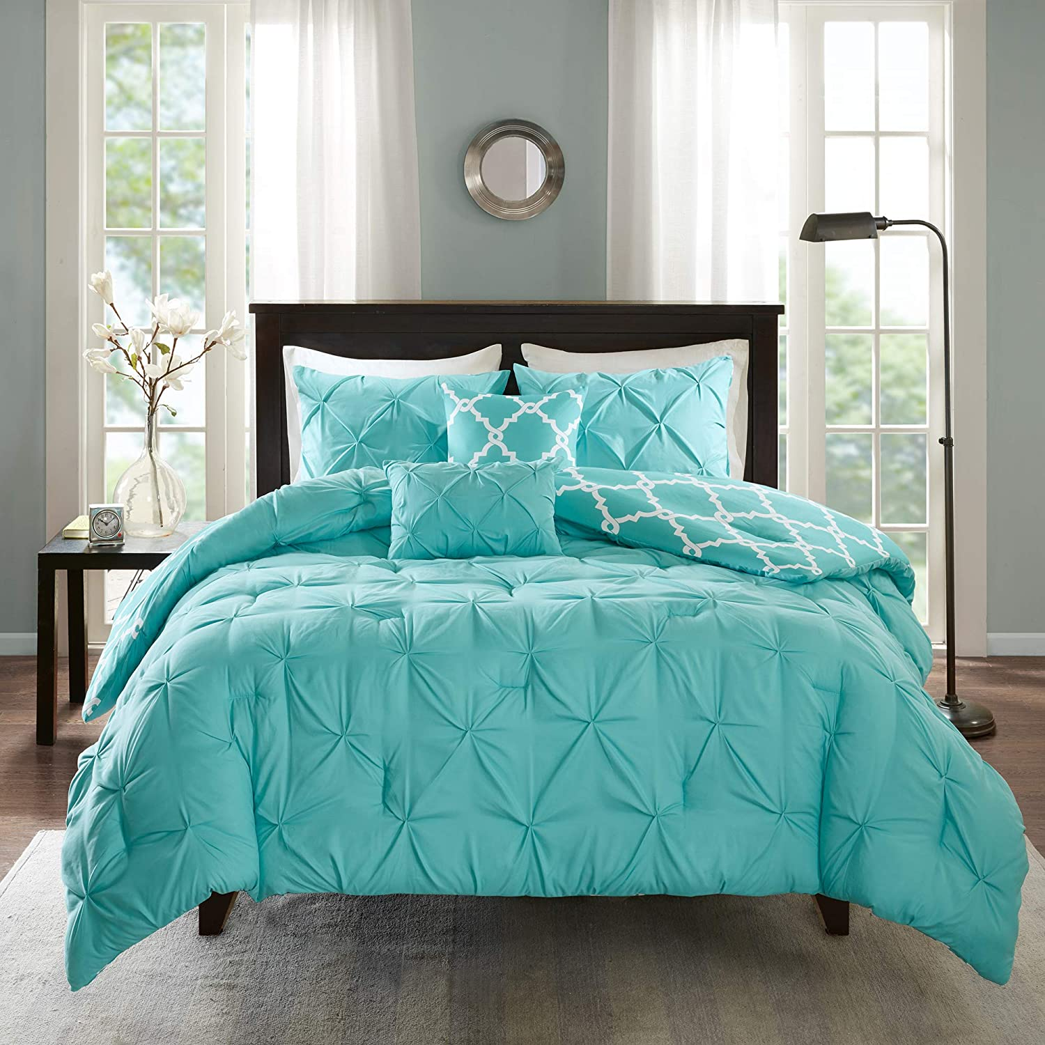 "Madison Park Essentials Kasey Comforter Set-Casual Tufted Diamond Design to Ogee Print Reverse All Season Cozy Bedding, Shams, Decorative Pillow, Full/Queen(90""x90""), Aqua 5 Piece"