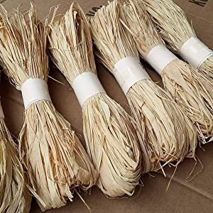 Natural Raffia Grass Bundle Dry Straw Paper Gift Wrap Candy Box Wedding Party Decor Invitation Gift Card Packing Rope Flower Wraping Rustic Decor DIY Crafts Supplies (6 Rolls)