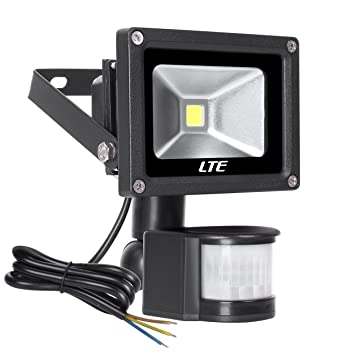 Led outdoor floodlight lte 10w pir security light with motion led outdoor floodlight lte 10w pir security light with motion sensor 900 lumen waterproof aloadofball Images