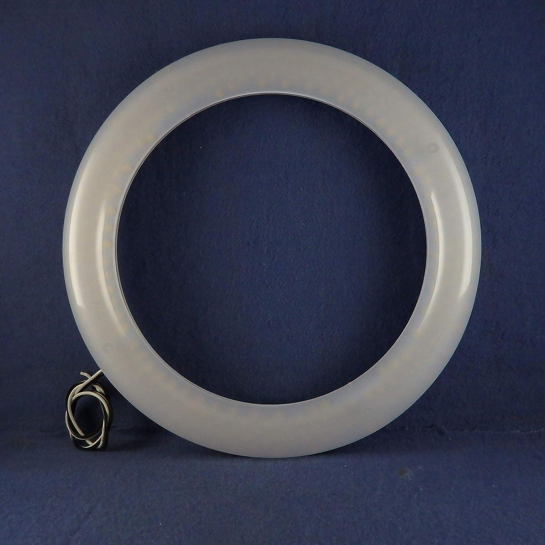 Vintage Blue Plastic Flexible Bracelet E17