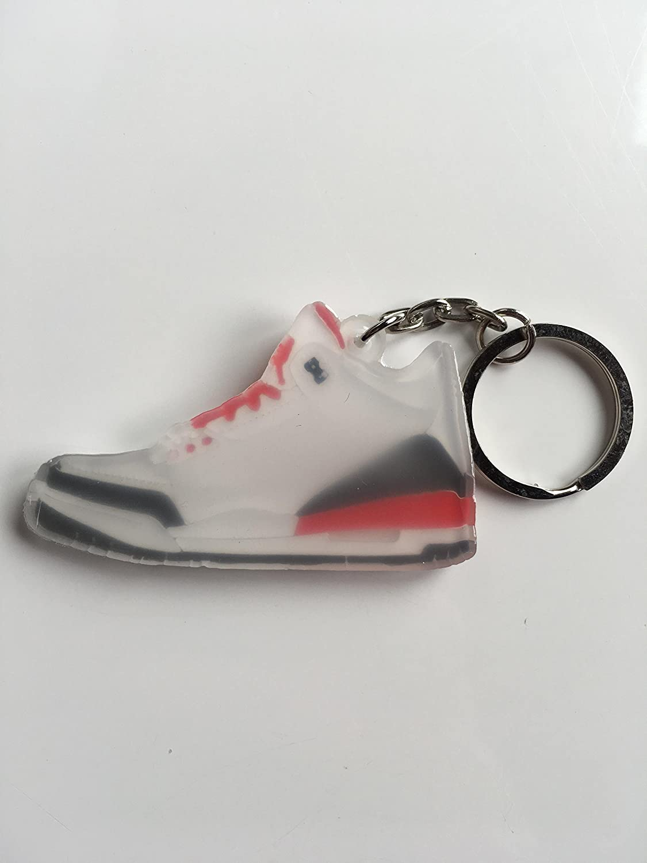 Amazon.com: Jordan Retro 3 Katrina Sneaker llavero zapatos ...