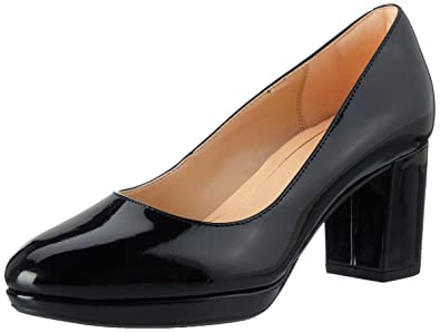 793f0a0c0b6 Clarks Women s Kelda Hope Closed Toe Heels  Amazon.co.uk  Shoes   Bags