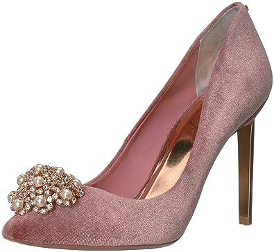 ad78230505 Amazon.com: Ted Baker Women's Peetch Pump: Shoes