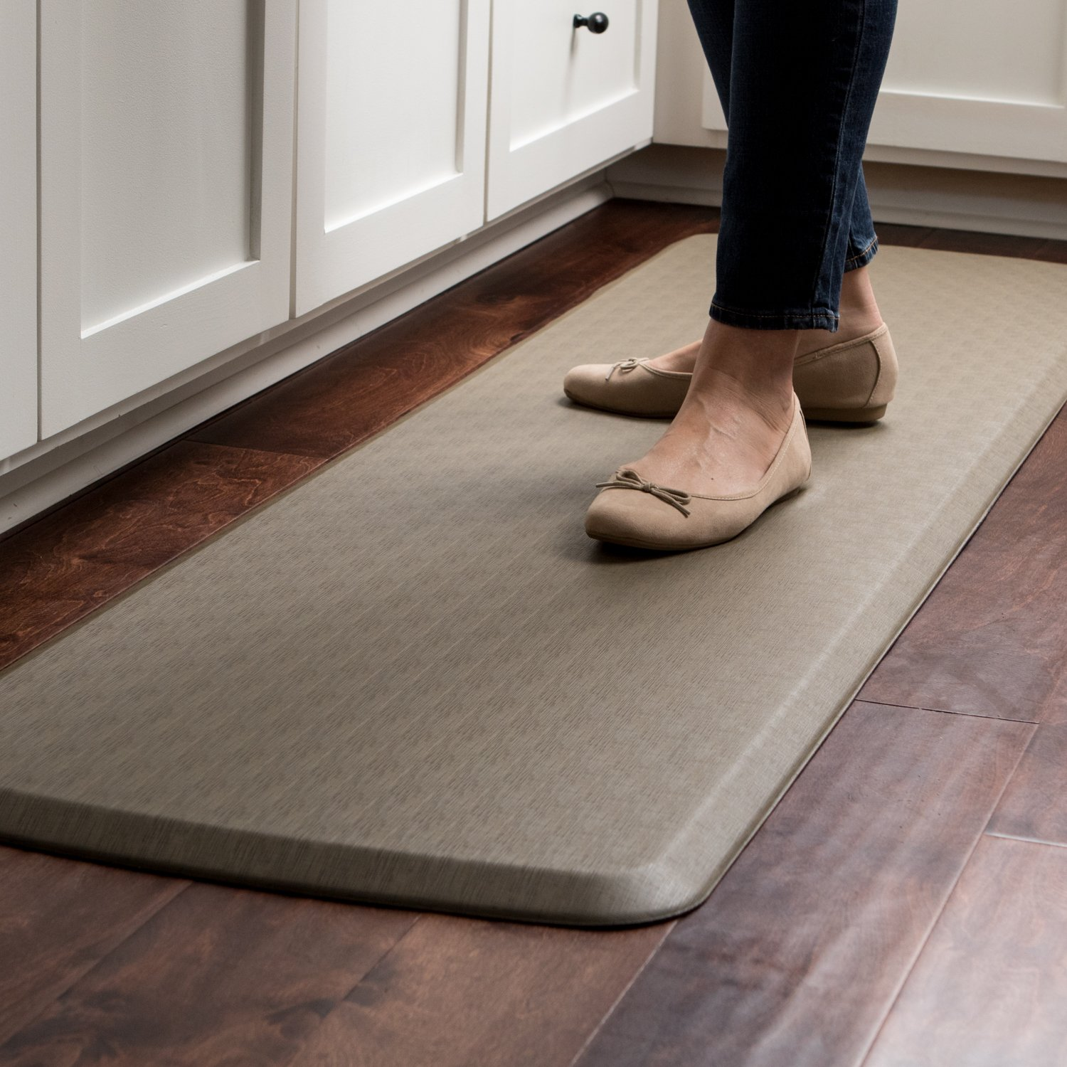 """GelPro Elite Premier Anti-Fatigue Kitchen Comfort Floor Mat, 20x72"""", Vintage Leather Slate Stain Resistant Surface with Therapeutic Gel and Energy-return Foam for Health and Wellness by GelPro (Image #6)"""