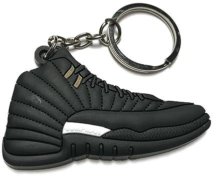 Amazon.com: Air Jordan Retro 12 Blanco y Negro Zapato ...