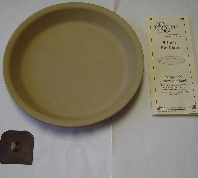 Amazon.com | The P&ered Chef 9-inch Stoneware Pie Plate Dinner Plates Dinner Plates & Amazon.com | The Pampered Chef 9-inch Stoneware Pie Plate: Dinner ...