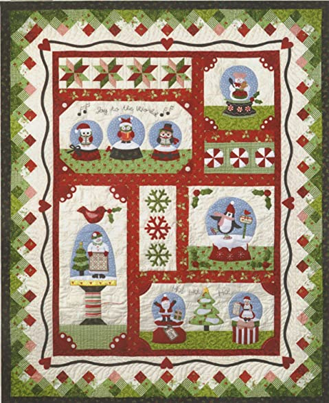 Amazon.com: Snow Globe Village Christmas Holiday The Quilt Company ... : snow quilt - Adamdwight.com