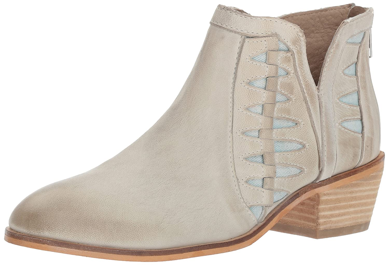 Charles by Charles David Women's Yuma Ankle Boot B06XKK1RXW 11 B(M) US|White