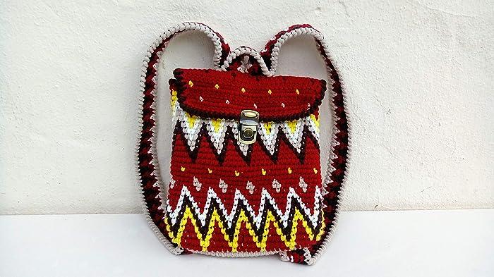 Mochila de crochet. Estilo wayuu.