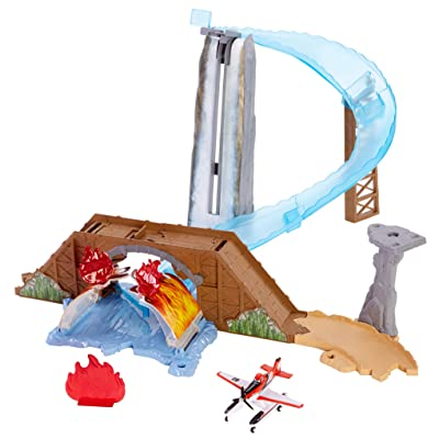Disney Planes Waterfall Rescue Track Set: Toys & Games