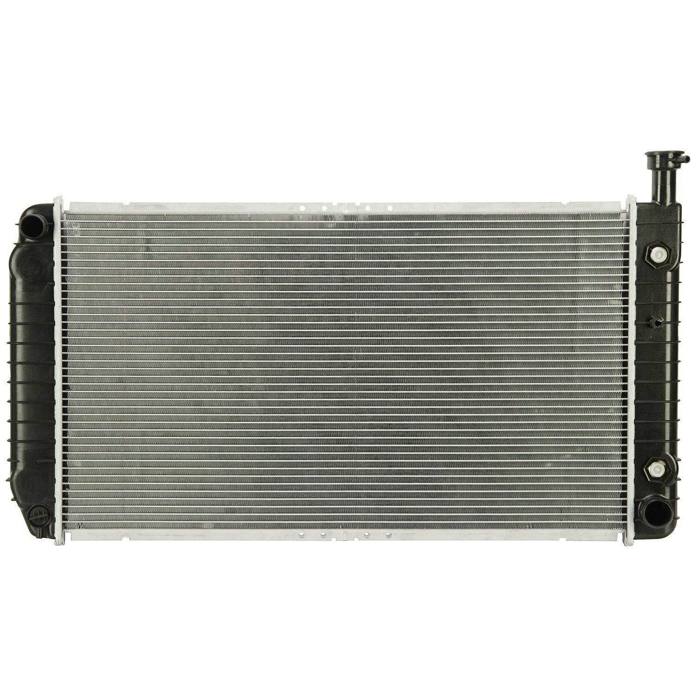 Klimoto Radiator   fits Chevrolet/GMC Express Savana 1500 2500 3500 4.3L V6 5.0L 5.7L V8   Replaces GM3010305 52475987 52475988