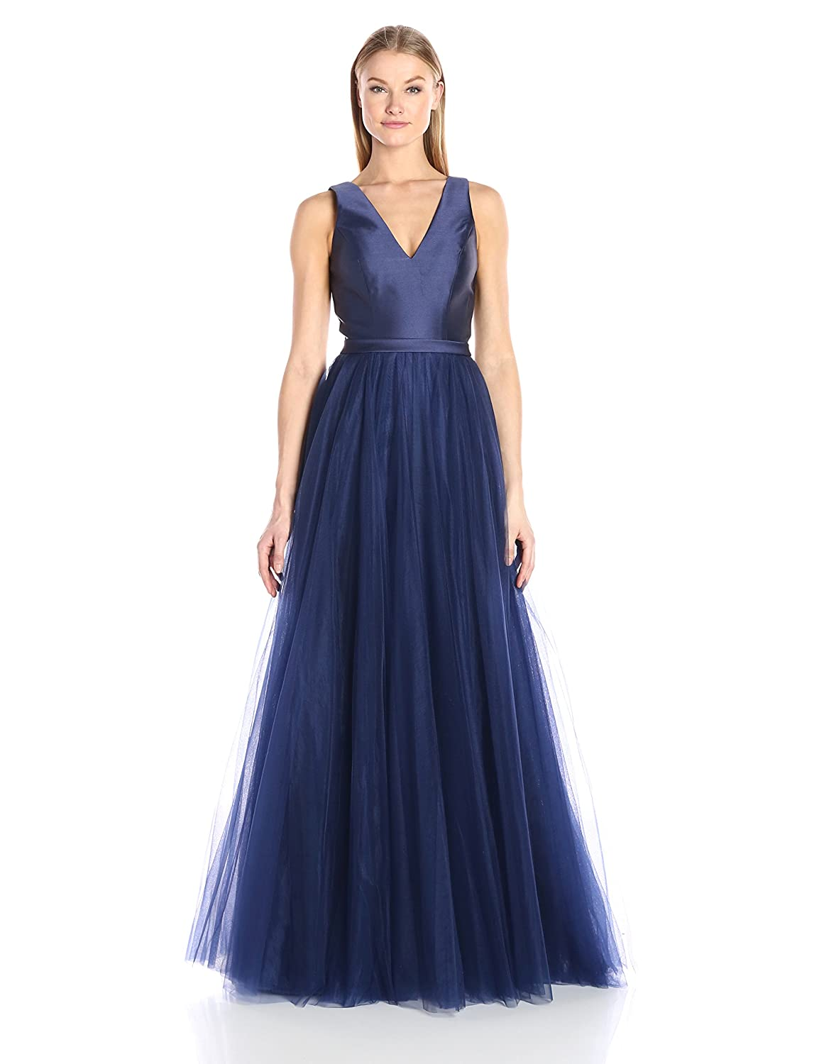 52cc2539ceb Amazon.com  Mac Duggal Women s Satin and Tulle Ballgown  Clothing