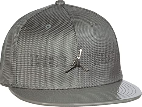 3faa97ed9a6 Image Unavailable. Image not available for. Color  Jordan Boys  11 Snapback  Hat