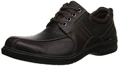 Clarks Men s Sherwin Limit Oxford Brown Tumbled Leather 10 D