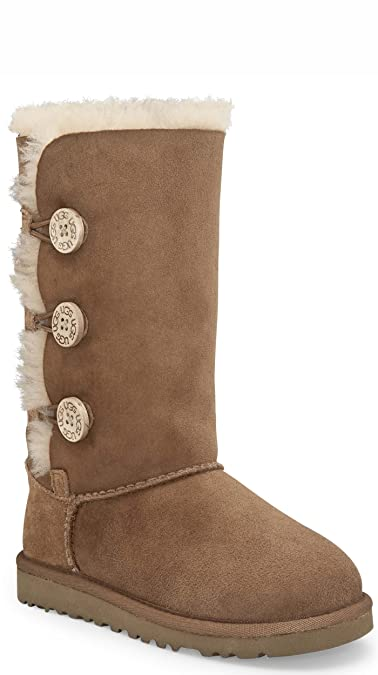 6dea7f182a5 Amazon.com | UGG Kids Girls' Bailey Button Triplet (Big Kid 2 ...