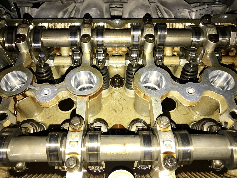 Total Quartz Ineo First 0W-30 Aceite de Motor para Coche, 5 Litros: Amazon.es: Coche y moto