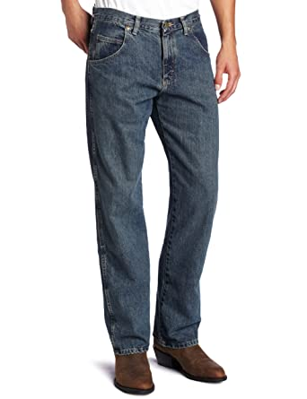 d83d1fca69c Amazon.com  Wrangler Men s Big Rugged Wear Relaxed Straight-Fit Jean ...