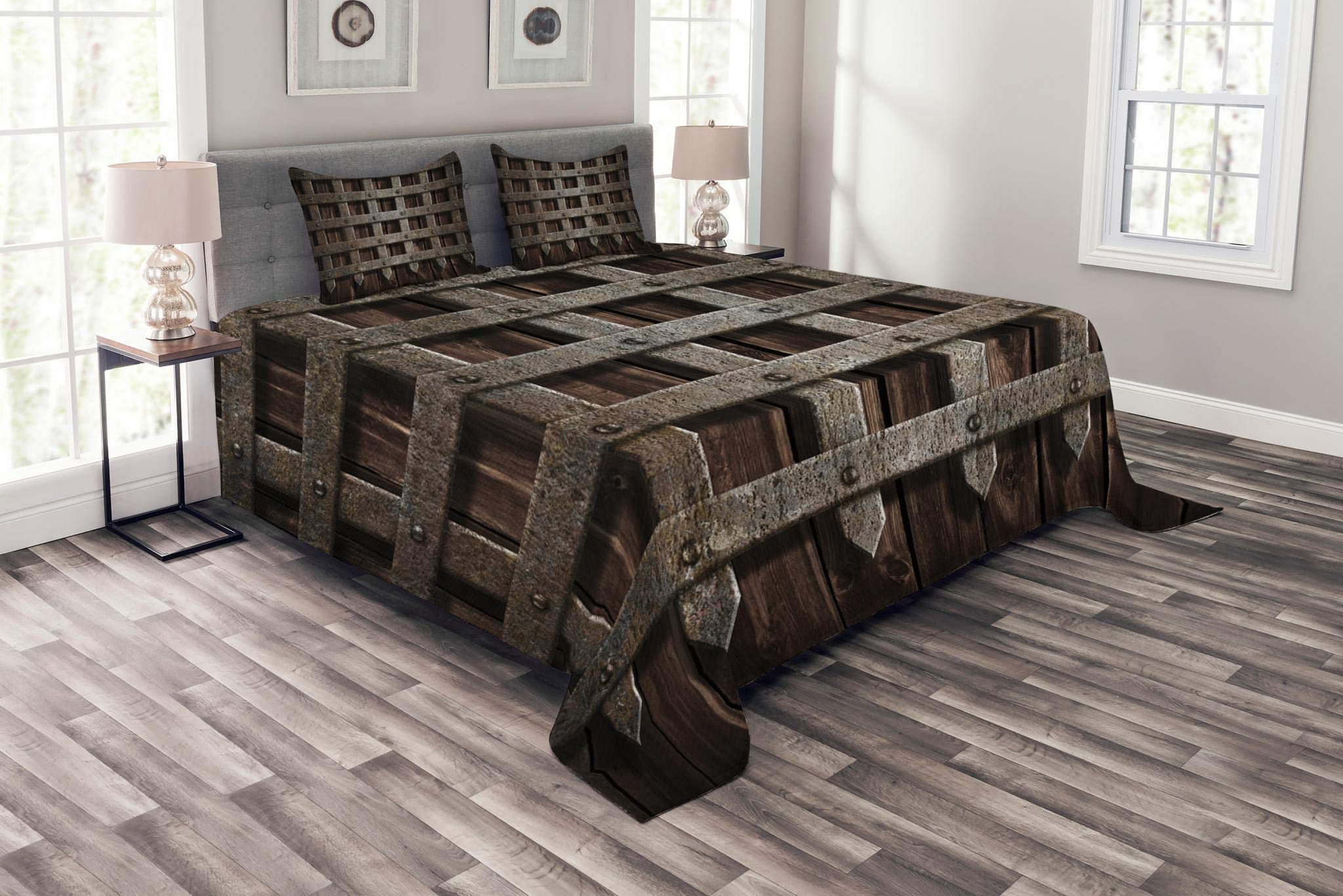 Lunarable Medieval Bedspread Set King Size, Medieval Wooden Castle Wall and Gate Greek Style Mid-Century Designed Artwork Print, Decorative Quilted 3 Piece Coverlet Set with 2 Pillow Shams, Grey