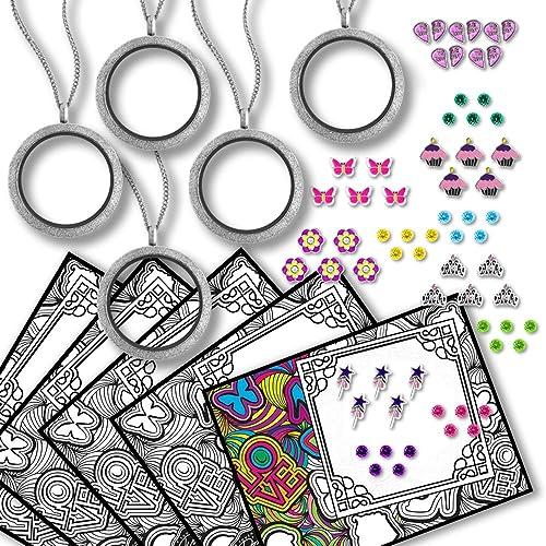 Caja llena de Lockets, abalorios, cristales y tarjetas de adulto para colorear libros para