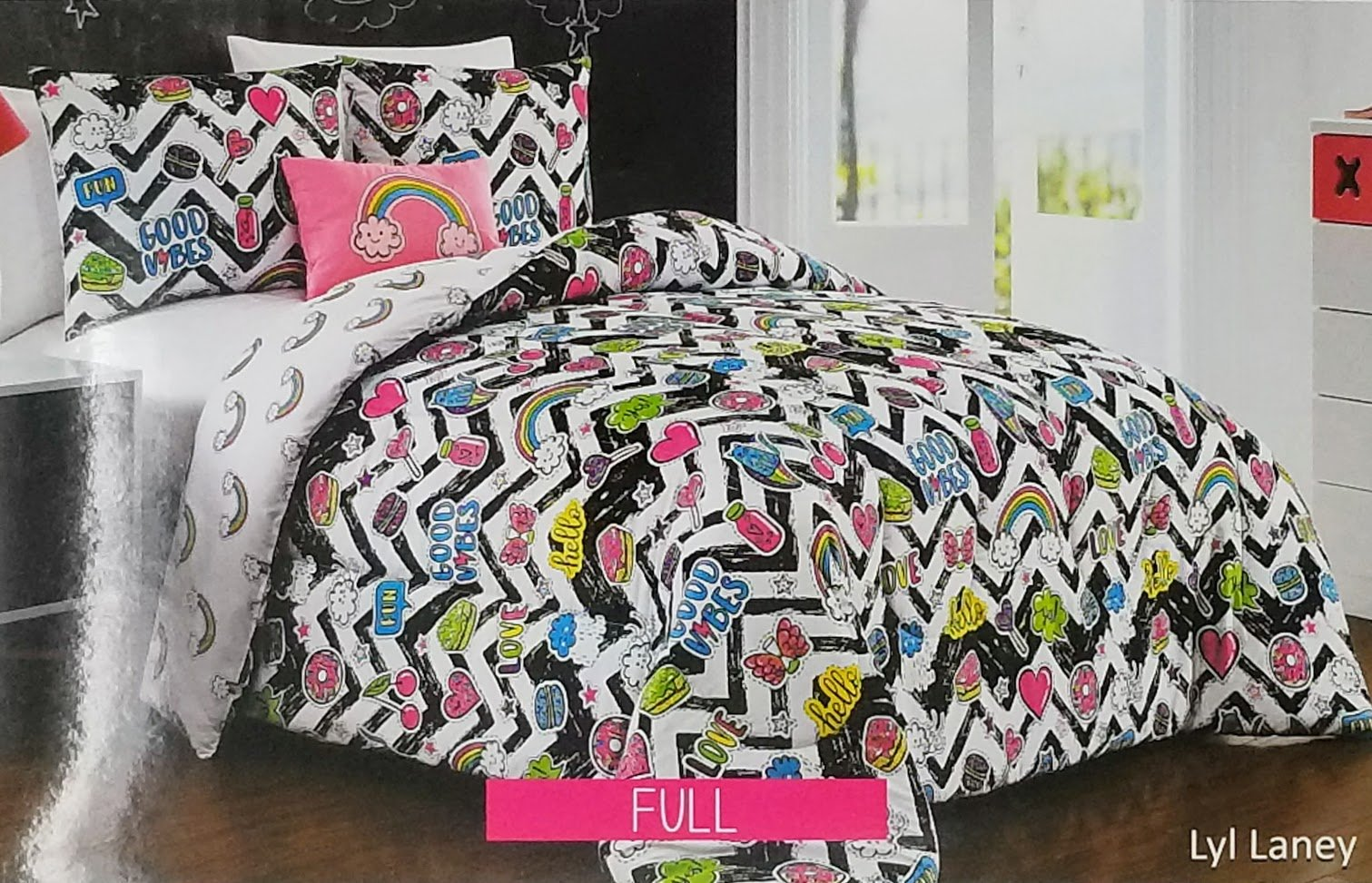 Dot and Dash 4pc Full Comforter Set ''Lyl Laney'' Good Vibes, Fun, Rainbows