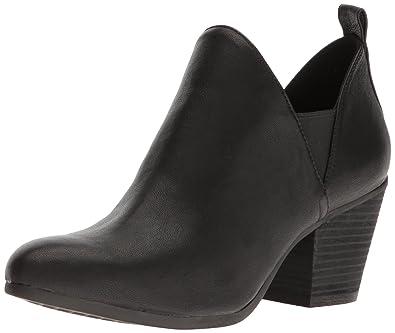 Women's Levitate Boot