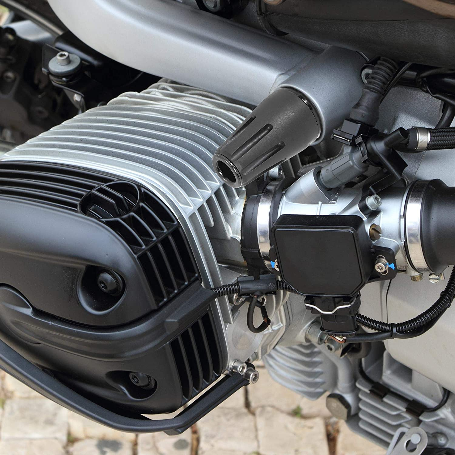 F FIERCE CYCLE Black Motorcycle Frame Slider Crash Pad Anti Collision Strip Guards Protector M8 for Yamaha XSR700 FZ-07
