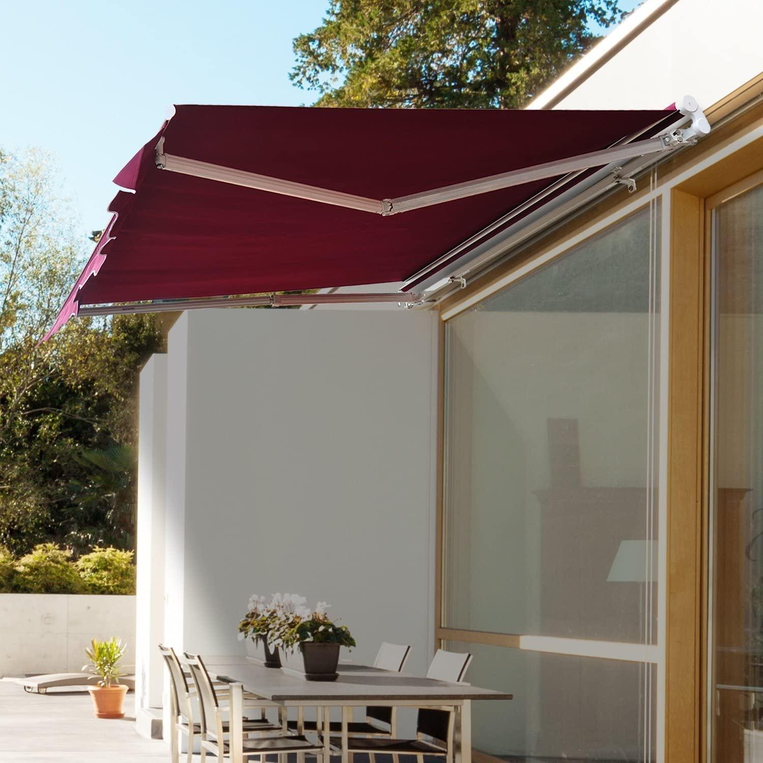 Outsunny 8'x7' Manual Retractable Water-Resistant Patio Awning Sun ...