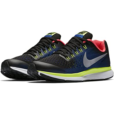 c55a349cb1ac Nike Boy s Zoom Pegasus 34 (GS) Running Shoe Black Chrome-Volt-Racer Blue  5Y  Amazon.co.uk  Shoes   Bags