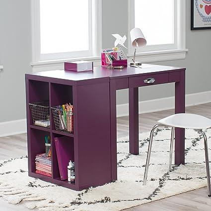 desk Mature secretary