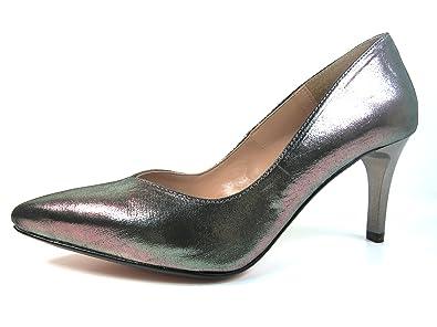 958c0a021f0 DANIELA VEGA Women s Court Shoes Silver Size  2.5  Amazon.co.uk ...
