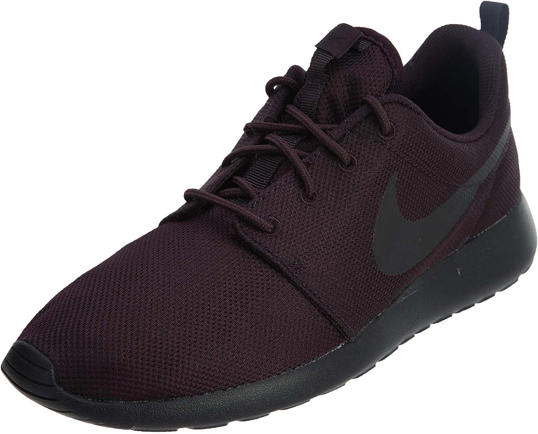 NIKE Wmns Nike Rosherun Womens Running Shoes