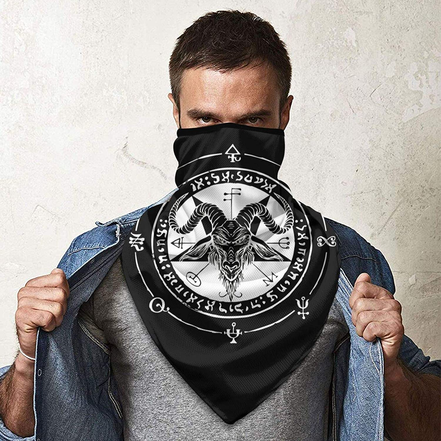 Satanic Black Goat and Pentagram Face Mask Windproof Tube Mask Headwear for Out Riding Motorcycle Bicycle