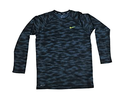 72afcf9d Amazon.com : NIKE Men's Blurred Long Sleeve Hydroguard : Sports ...