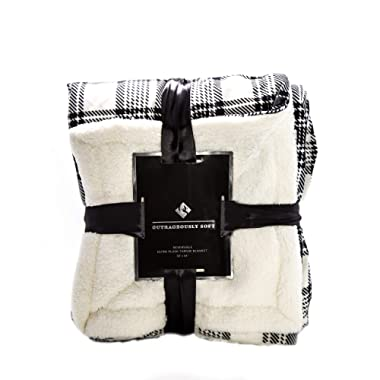 1i4 Group Outrageously Soft 50-by-60-inch Reversible Velvet Berber Throw, Black/White Plaid