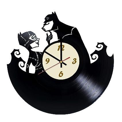 Amazon.com: La Bella Casa Batman and Catwoman Vinyl Wall ...